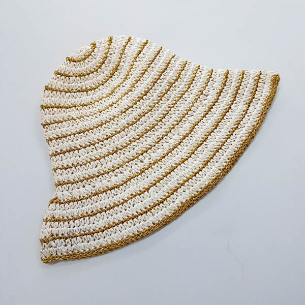 Cone Crochet Paper White and Gold